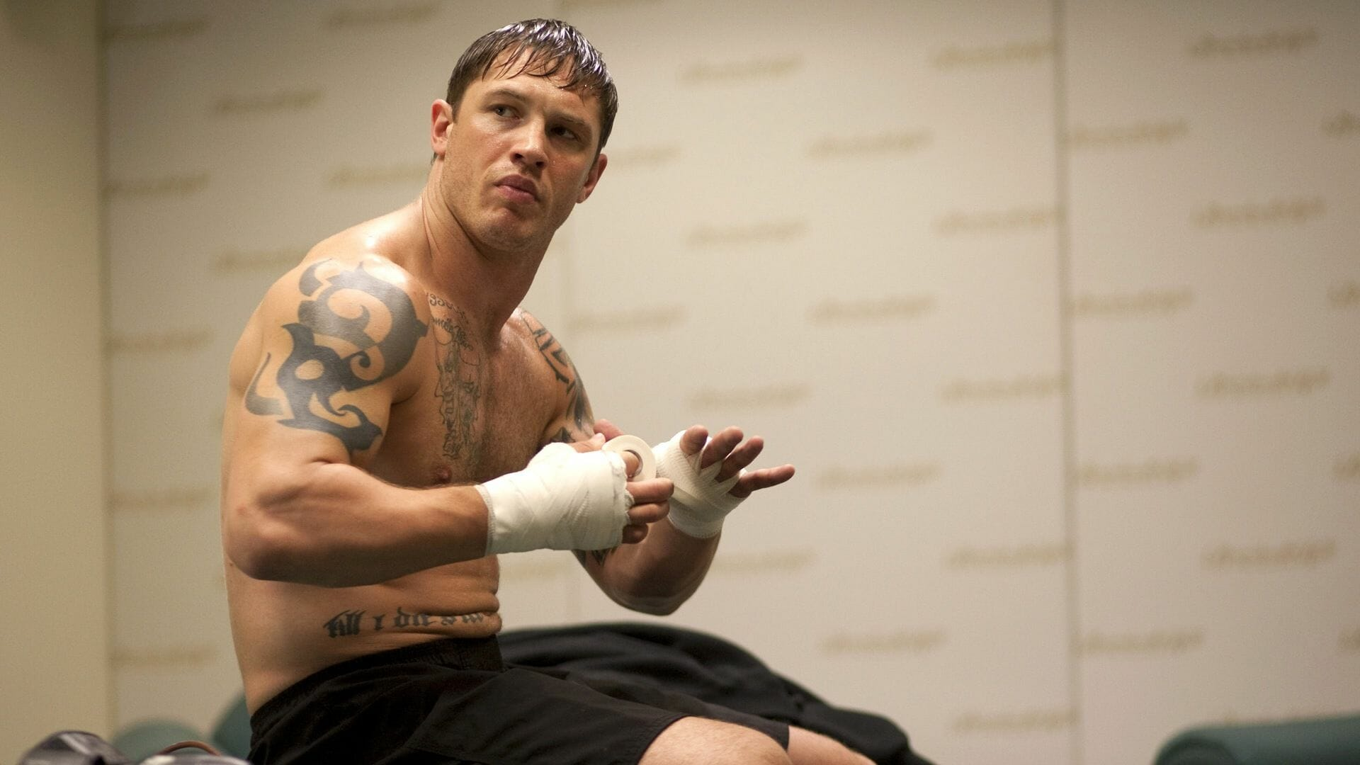 Tom Hardy Is Seriously Bulking Up For His New Venom Movie Role
