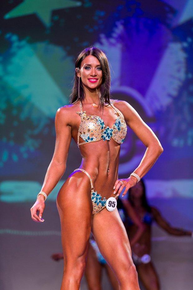 Bank manager Miss Tank is award-winning PRO bikini competitor in off